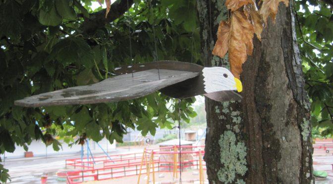 Tillverka flygande fågel (valfritt) Med fokus på färg och form! :)